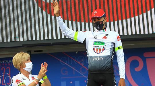 Edoardo Zambanini miglior giovane al Giro d'Italia Under23 - Sport - TGR  Trento