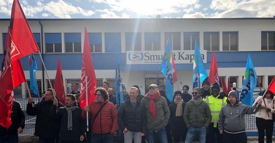 Arzignano (VI), licenziamenti alla Smurfit Kappa: scioperano i lavoratori - TGR Veneto - TGR – Rai