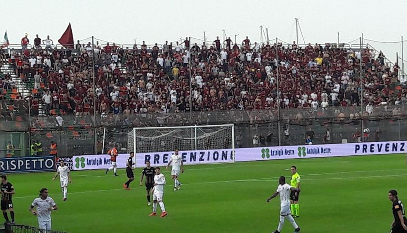 Calcio Venezia Battuto Ai Rigori Dalla Salernitana Retrocede In Serie C Sport Tgr Veneto