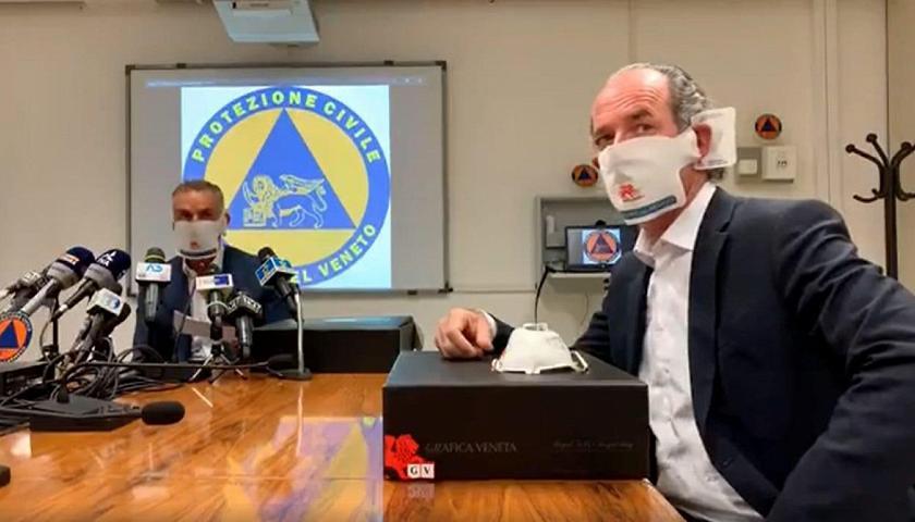 Luca Zaia presenta le mascherine contro il coronavirus