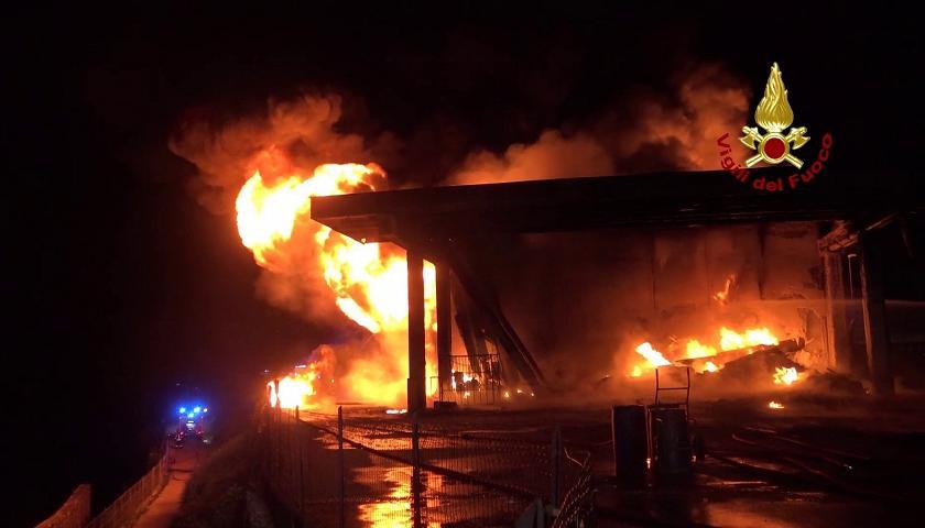 Incendio alla Geotex di Valbrenta
