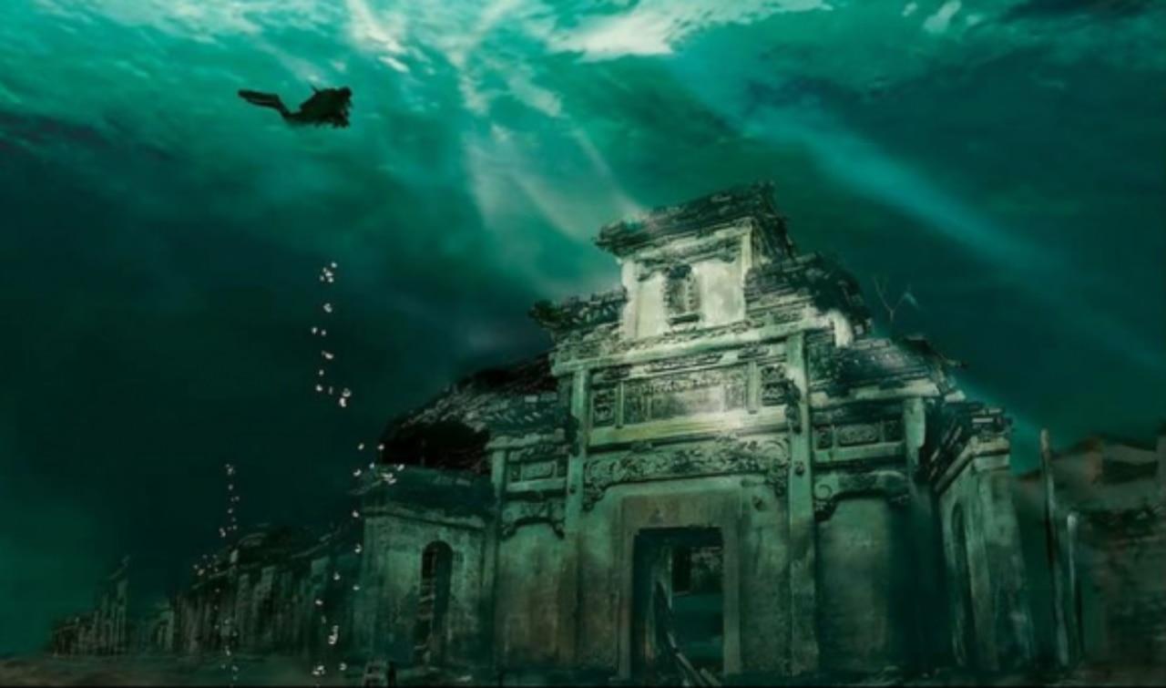 La nuova Atlantide è in Cina: città sommersa con templi e strade ...