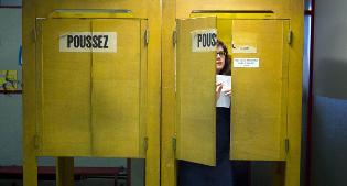 Svizzeri alle urne per tre referendum. E il Ticino vota anche sui frontalieri