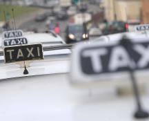 Fiumicino, protesta dei taxi in aeroporto: fermi dalle 8 alle 14