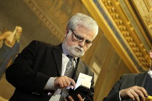 M5s orellana annuncia gruppo autonomo al senato rai news for Numero parlamentari m5s