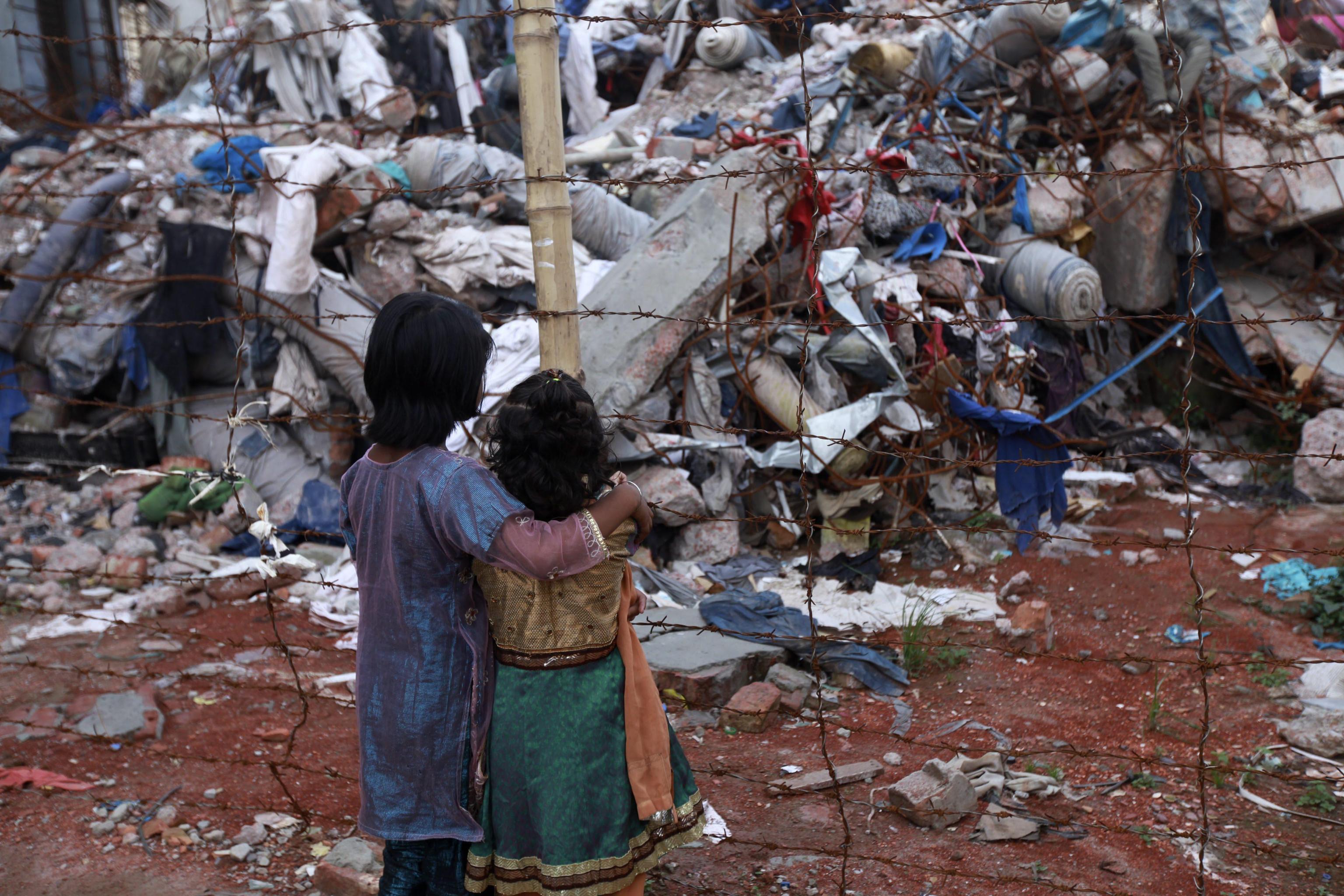 Rana Plaza, un anno fa il tragico crollo - Rai News