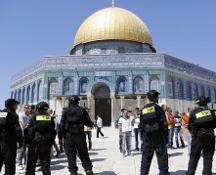 Israele-Palestina, venerdì di tensione. Netanyahu chiude la spianata delle Moschee poi ci ripensa