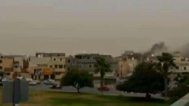 Libia scontri armati a tripoli parlamento evacuato for Parlamento rai