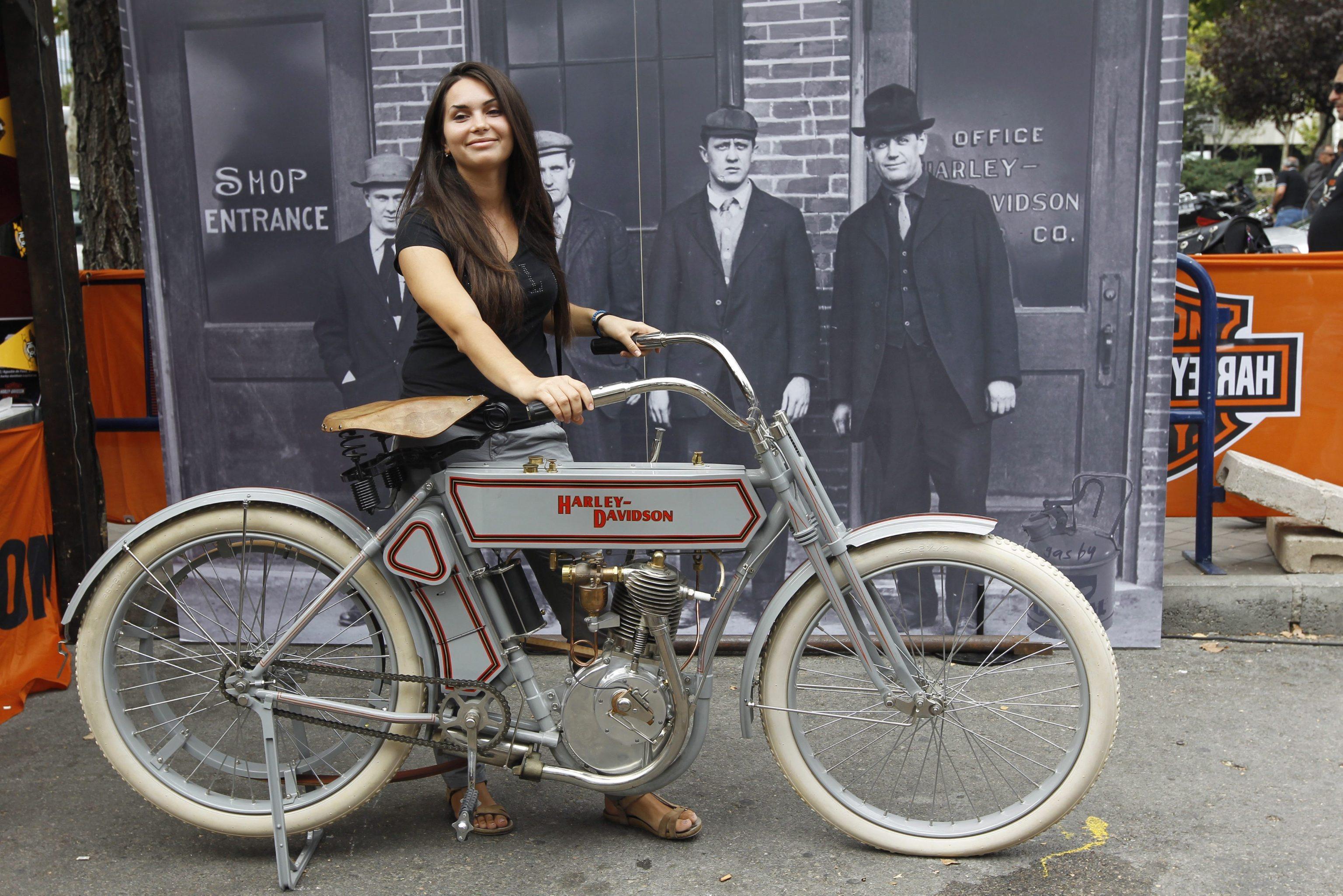 Bicicletta Harley Davidson 1920 Prezzo Idea Di Immagine Del Motociclo