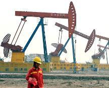 L'Opec trova l'accordo sul taglio della produzione di petrolio