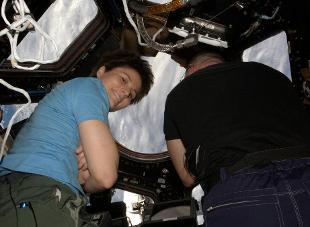 """Samantha Cristoforetti sceglie i Led Zeppelin: """"Stairway to Heaven"""" risuonerà nella ISS"""