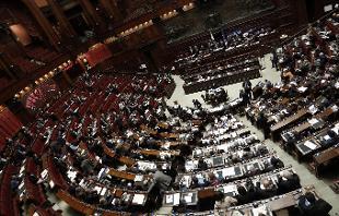 Riforme m5s non partecipa alla votazioni polemiche per for Numero deputati alla camera