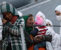 Naufragio nel Canale di Sicilia: i morti sarebbero 50, salvati 179 migranti