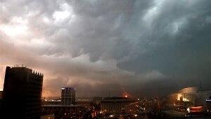 Usa: violenti tornado in Iowa, Illinois e Ohio. Le immagini