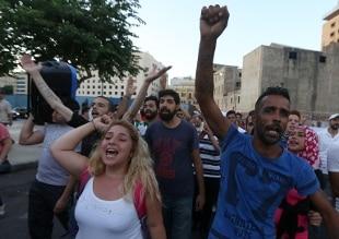 la solita rivoluzione colorata a Beirut