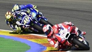 MotoGp, il fotoracconto dell'inutile rimonta di Rossi (foto)