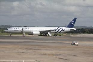 """Allarme bomba a bordo di un volo Air France diretto a Parigi. Media francesi: """"Finto ordigno"""""""