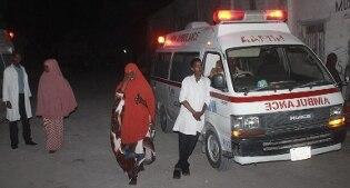 Somalia, due autobombe esplodono davanti a hotel-ristorante di Mogadiscio, almeno 8 morti