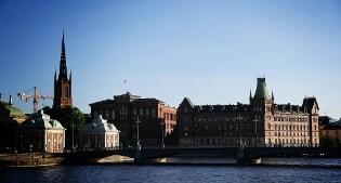 """Uomo accoltellato alla gola nel centro di Stoccolma, in """"gravi condizioni"""". Cause ancora sconosciute"""