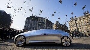 Mercedes benz f015 luxury in motion la casa tedesca for L auto che si guida da sola