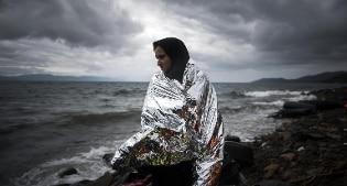 Incendio nel campo profughi di Moia sull'isola di Lesbo in Grecia