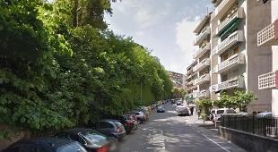 Precipita ascensore a Genova, grave mamma, figlia di 3 anni ferita