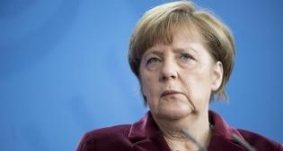 """Merkel contro May: """"No accesso a mercato Ue senza libera circolazione di persone e merci in Gb"""""""