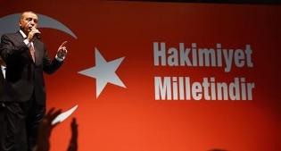Licenziati in tronco 51mila dipendenti pubblici: l'epurazione di massa della Turchia di Erdogan