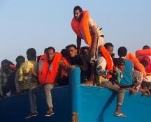 Stretto di Sicilia, salvati in una sola giornata 6.500 migranti