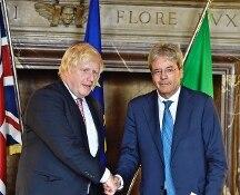 Brexit, Londra respingerà il conto da 60 miliardi. Oggi secondo giorno pre-vertice Ue con Gentiloni