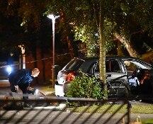 Colpi d'arma da fuoco e auto in fiamme: notte di paura a Malmo, in Svezia