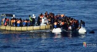 Migranti, a metà ottobre al via guardie di frontiera Ue