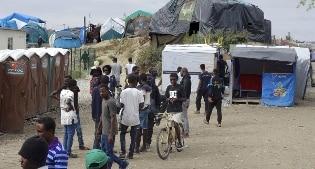Francia, al via la costruzione del muro alla Giungla di Calais