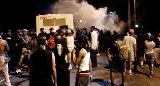 Usa, scontri a Charlotte in North Carolina: 12 agenti feriti