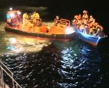 Palermo, arrivata in porto nave con a bordo 17 salme di migranti