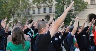 L'Ungheria vota sulle quote dei migranti. Il referendum voluto da Orban contro l'Europa
