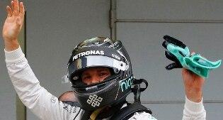 F1, Gran Premio del Giappone: vince Nico Rosberg, quarta la Ferrari di Vettel