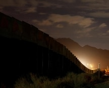 Immigrato irregolare espulso dagli Stati Uniti si suicida appena varcato il confine con il Messico