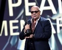 Cinema: agli oscar europei Efa vince il documentario Fuocoammare di Rosi