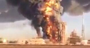 Pavia: fiamme in una raffineria Eni, evacuato l'impianto