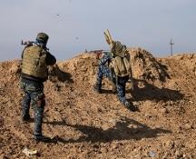 Il governo iracheno: abbiamo liberato Mosul. Nei covi Isis trovati libri propaganda in russo e arabo