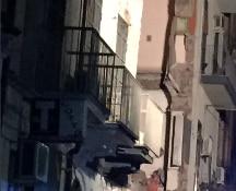 Un boato squarcia la notte di Catania: crolla un palazzo nella centralissima Via Crispi