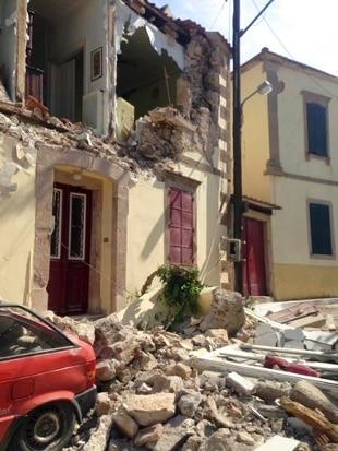 Grecia terremoto colpisce lesbo e chio un morto centinaia senza casa rai news - Casa senza fondamenta terremoto ...
