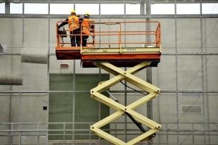 Ufficio Lavoro Monfalcone : Incidente sul lavoro operaio 19enne muore travolto dal cemento