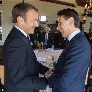 """Aquarius, Macron chiama Conte: """"Mai detto frasi offensive"""". Il premier italiano andrà a Parigi – Rai News"""