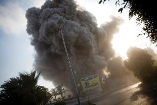 Scontro a fuoco al confine fra Gaza ed Israele, cecchini contro cannonate, vittime – Rai News