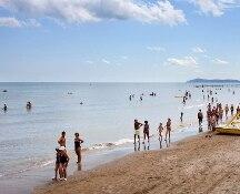 Rimini, divieto temporaneo di balneazione per Escherichia coli ed Enterococchi