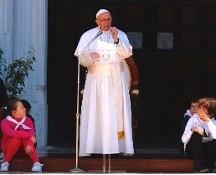 """Il Papa a Loreto: """"Essenziale la famiglia fondata su matrimonio uomo-donna"""""""