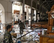 Strage in Sri Lanka, esplosioni in chiese e hotel: oltre 200 morti, centinaia di feriti