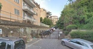 aa67581a46 di Tiziana Di Giovannandrea 07 aprile 2019 Un impetuoso incendio è  scoppiato nel pomeriggio in un edificio a Roma, in Via Laurentina al civico  28, ...
